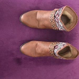 Gabriella ankle boots
